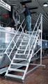 Treppe fahrbar mit Plattform